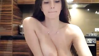 There's no greater pleasure than seeing those big boobs and a pretty face--_short_preview.mp4