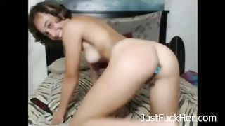 My naughty girlfriend likes to spank her fanny with a paddle--_short_preview.mp4
