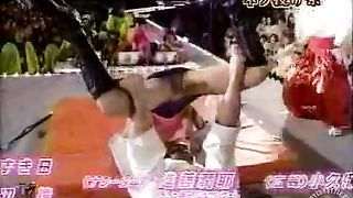 Hot accidental upskirt on a Japanese TV show--_short_preview.mp4