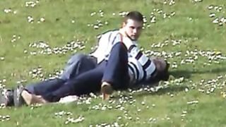 Handjob in the park for her lucky boyfriend--_short_preview.mp4