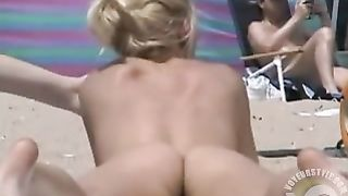 I love watching lovely naked beauties on the beach--_short_preview.mp4