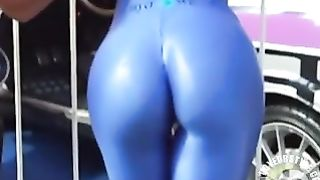Car model with a hot ass in skintight spandex--_short_preview.mp4