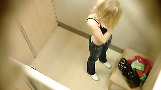 Amateur titties in the fitting room--_short_preview.mp4