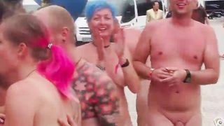 Let's take a nude photo together!--_short_preview.mp4