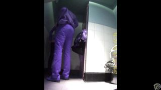 Couple gets it on in a public toilet with a spy cam rolling--_short_preview.mp4