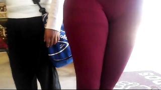 Her camel toe is amazing--_short_preview.mp4