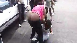 Angry black women fight in a parking lot--_short_preview.mp4