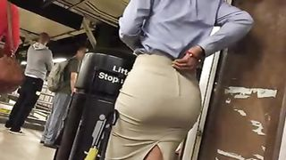 Going after two magnificent buttocks--_short_preview.mp4