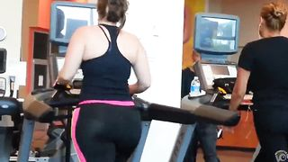 Her ass is huge and meaty--_short_preview.mp4