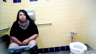 Lovely Brazilian fattie gets recorded urinating hard in a public restroom--_short_preview.mp4