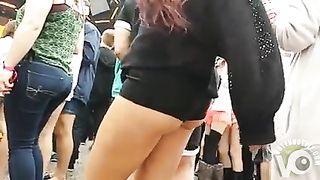 Smoking hot redhead wearing tight black shorts gets filmed--_short_preview.mp4