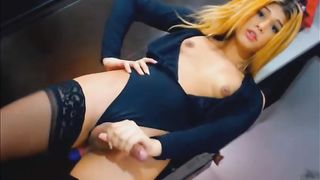 Gorgeous Blonde Wants to Fuck with You--_short_preview.mp4