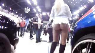 Gorgeous interviewer flashes the magnetic bum--_short_preview.mp4