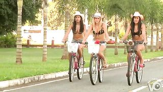 Latina ladies tease hot bodies outdoors--_short_preview.mp4
