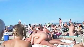French wives really like to seduce men in public--_short_preview.mp4