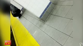 Wicked purple-haired babe makes water at the subway--_short_preview.mp4