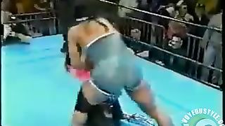 Brunette with visible boobs in the wrestling ring--_short_preview.mp4