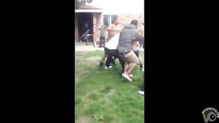 Big brawl with black chicks throwing punches--_short_preview.mp4