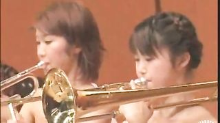 Naked Japanese girls play an orchestral concert--_short_preview.mp4
