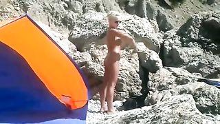 Naked blonde hottie applies sunscreen--_short_preview.mp4