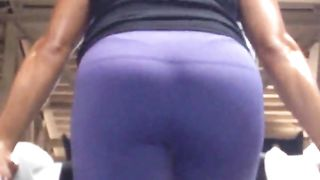 Sweaty chick works the stair machine--_short_preview.mp4