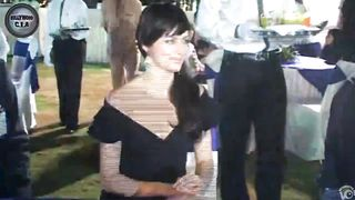 Gorgeous dark-haired lady wears no panties!--_short_preview.mp4