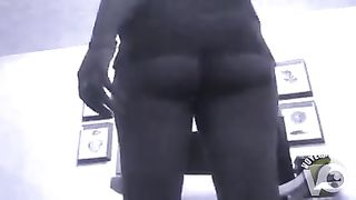 Exotic rookie decided to show off her meaty ass--_short_preview.mp4