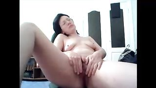 Mature Russian mom fingering her pussy sensually--_short_preview.mp4