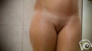 Beautiful shaved pussy filmed through the keyhole--_short_preview.mp4