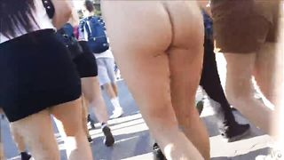 Spectacular buttocks of the shameless chick--_short_preview.mp4