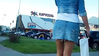 Looking up the denim skirt of a hottie--_short_preview.mp4