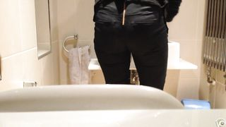 My sister's friend is peeing in our bathroom--_short_preview.mp4