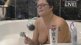 Curvy Big Brother contestant bathes topless--_short_preview.mp4