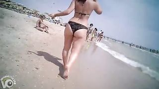 Her big ass in bikini bottoms is worth staring at--_short_preview.mp4