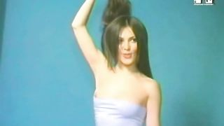 Brunette in tube top flashes nipples on Russian MTV--_short_preview.mp4