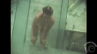 Curvy amateurs shower in hidden cam footage--_short_preview.mp4