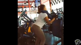Great booty on a babe working at the gym--_short_preview.mp4