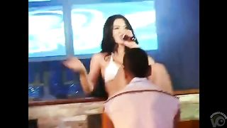 This singer is smoking hot!--_short_preview.mp4