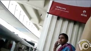 Jerking off to Indian woman at the train station--_short_preview.mp4