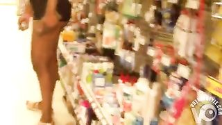 Black babe shops in skintight shorts--_short_preview.mp4