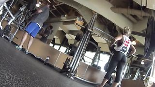 Weight lifting woman has a fantastic ass--_short_preview.mp4