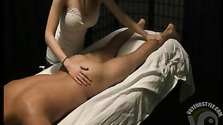 Busty masseuse gives a great handjob--_short_preview.mp4