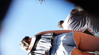 Smoking hot sweetie in short jeans has her butt taped--_short_preview.mp4