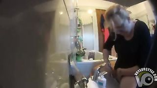 My aunty gets caught on camera washing and shaving her vagina--_short_preview.mp4