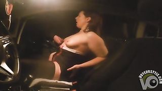 Middle-aged doxy masturbates in the car--_short_preview.mp4