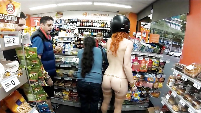 Gas Station May Get Shut Down After Amateur Porn Star Shot Sex Photo In Snack Aisle