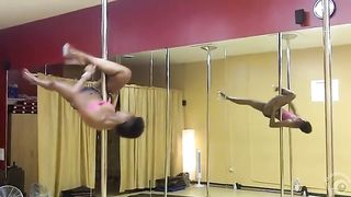Black babe dances in front of the mirror--_short_preview.mp4