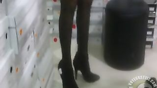 Lady in black stockings tries on high heels--_short_preview.mp4