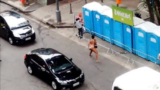 Shameless woman pisses on the central road of Sao Paulo--_short_preview.mp4
