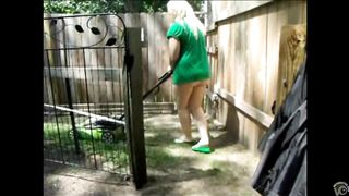 Mature neighbor trims the yard with no undies on--_short_preview.mp4